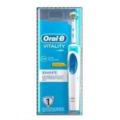 Щетка зубная электрическая ORAL-B 3D WHITE VITALITY отбеливающая
