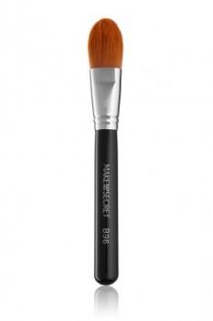 Кисть для нанесения тонального крема и основы под макияж MAKE-UP-SECRET B96